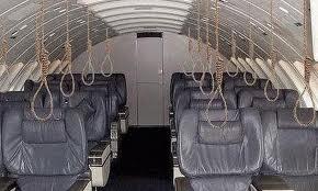Avion pendu